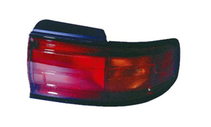 CAMRY '92 USA TAIL LAMP