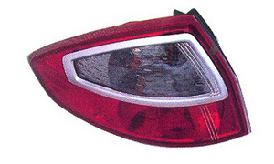 FIESTA'09 SEDAN TAIL LAMP
