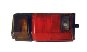 C22 '90 VANETTE TAIL LAMP